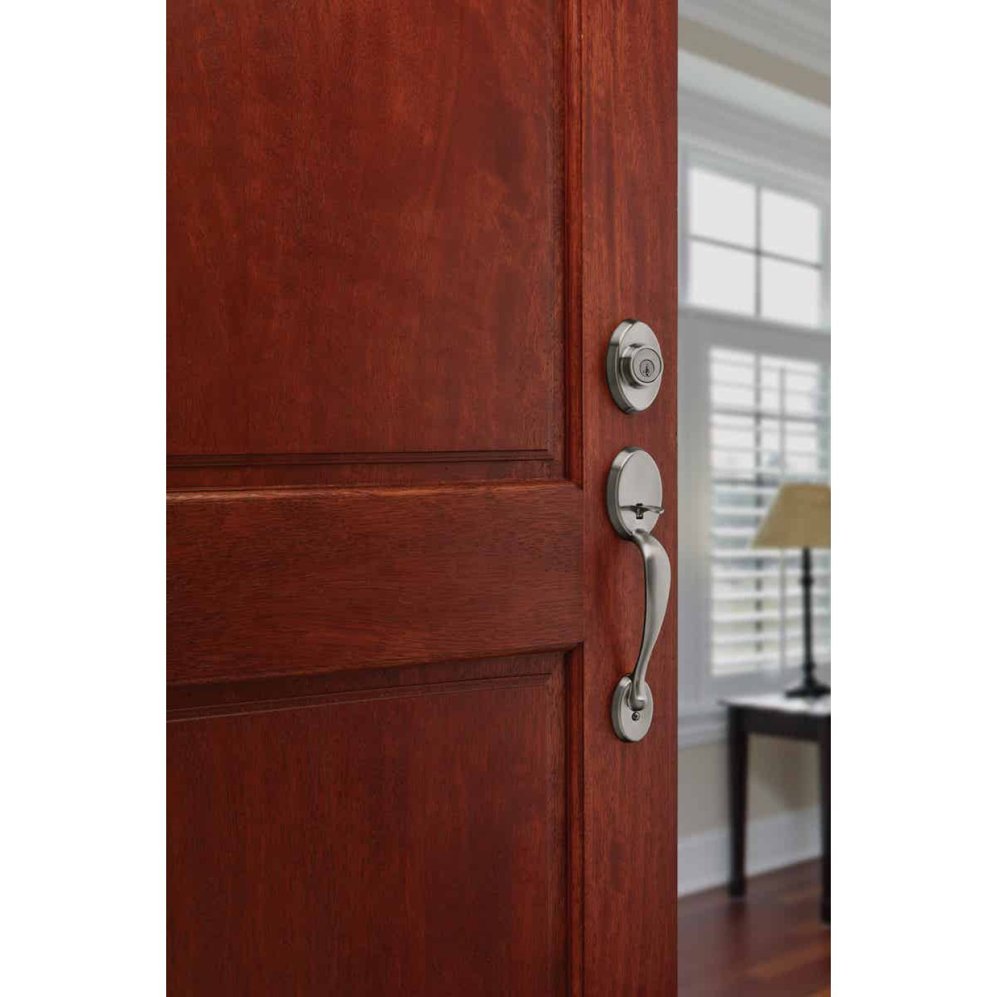 Kwikset Signature Series Chelsea Satin Nickel Entry Door Handleset with Smartkey & Cameron Knob Image 2