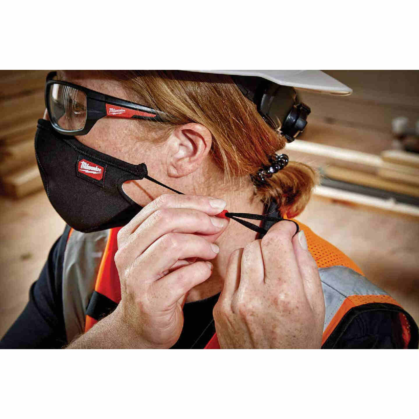 Milwaukee S/M 3-Layer Washable Performance Dust & Face Mask (3-Pack) Image 4