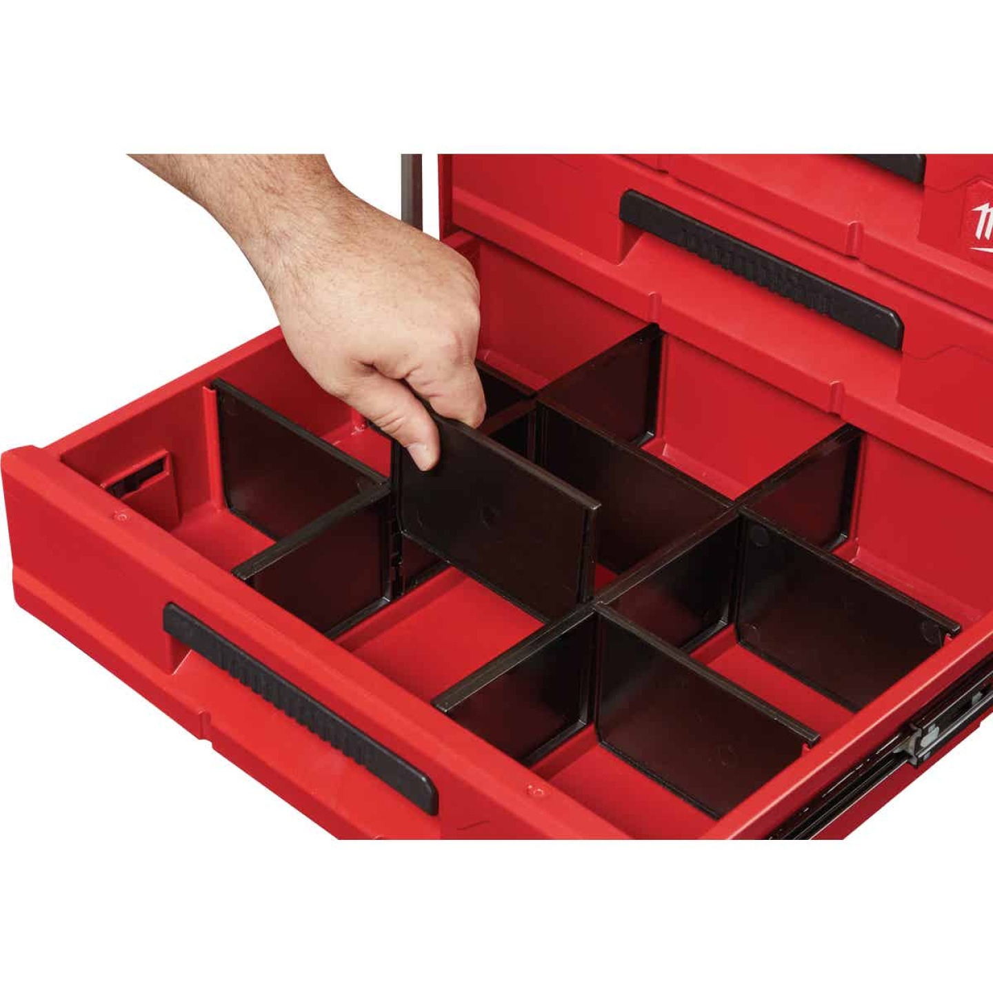Milwaukee PACKOUT 3-Drawer Toolbox Image 3
